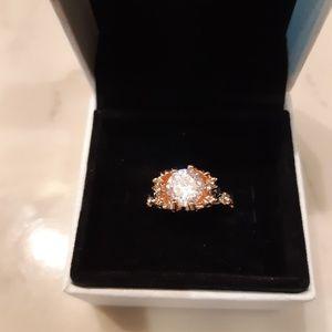 Evbea Rose Goldplated Skull Ring Size 7